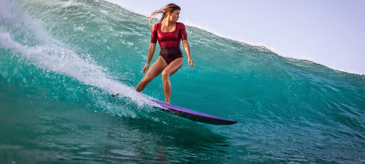 Leah-Dawson-Wave-Womans-Surfing-Save